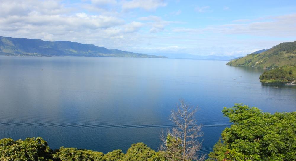 Selamat Natal in Lake Toba