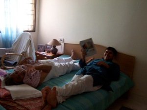 MKaka & Varun at home