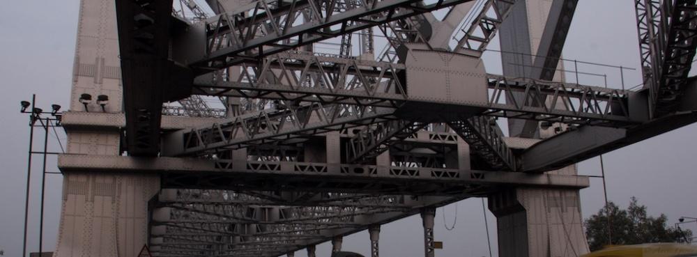 On the Streets of Kolkata - #2 (A Tale of 2 Bridges) (2/6)
