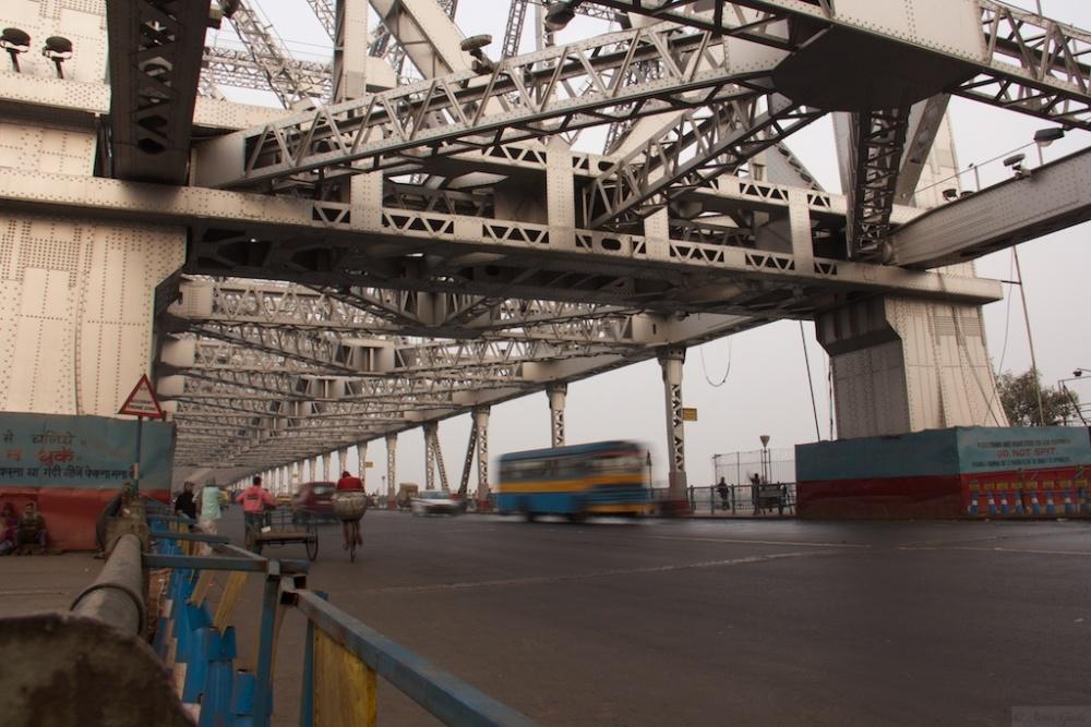 On the Streets of Kolkata - #2 (A Tale of 2 Bridges) (3/6)