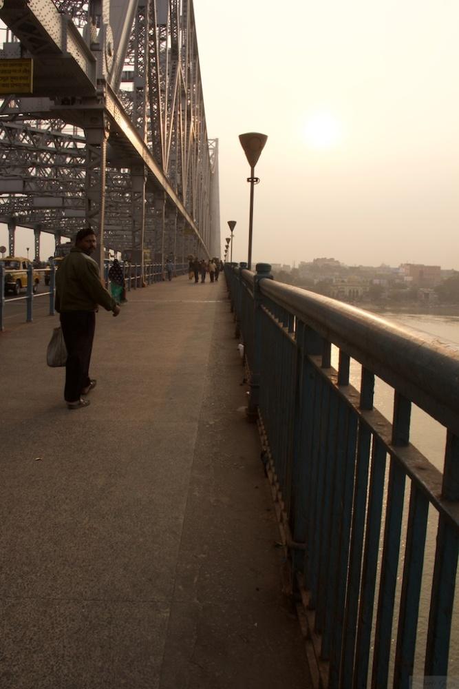 On the Streets of Kolkata - #2 (A Tale of 2 Bridges) (5/6)