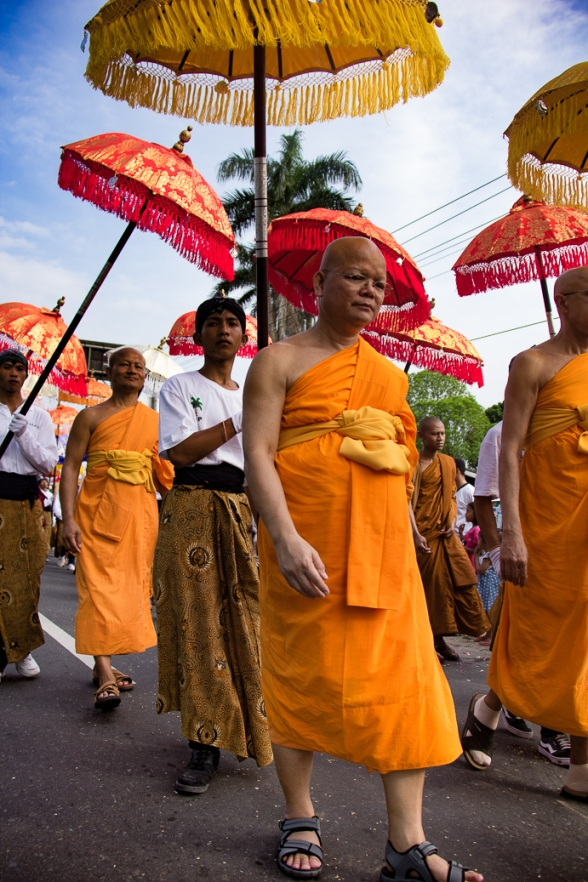 The monks' march